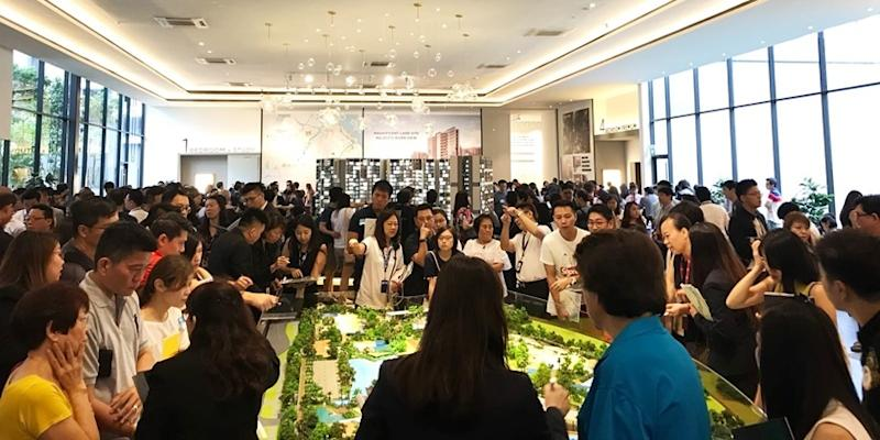 <p><img/></p>Propelled by buyers rushing to purchase private condos hours before the new property curbs took effect on 6 July...