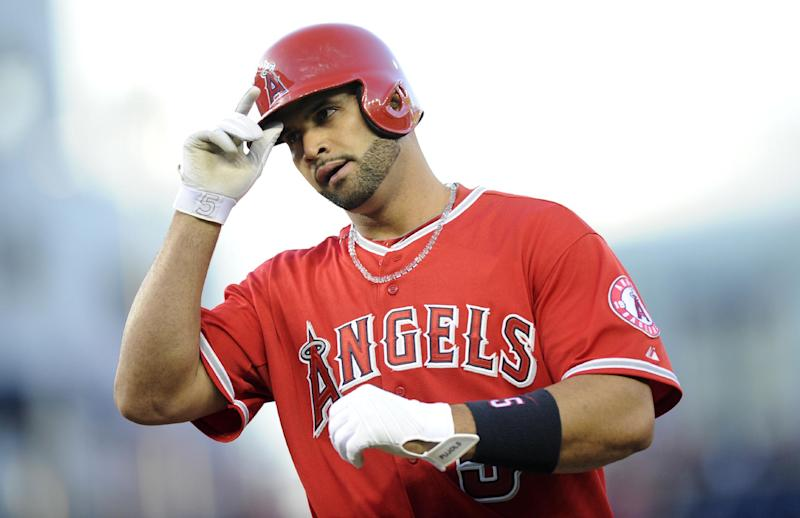 Ibanez's 3-run double leads Angels over Nats 4-2