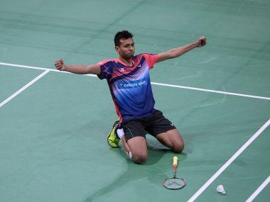 Iskandar Zulkarnain punished by Badminton Association of Malsysia for smoking in hotel room during Thomas Cup