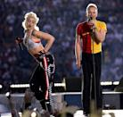 <p>Sting joined the Ska rock band wearing a two-tone t-shirt. </p>