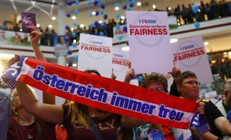 Supporters wait for Head of Austrian far-right Freedom Party (FPO) Heinz-Christian Strache during an election campaign rally in Vienna, Austria, September 1, 2017. REUTERS/Leonhard Foeger