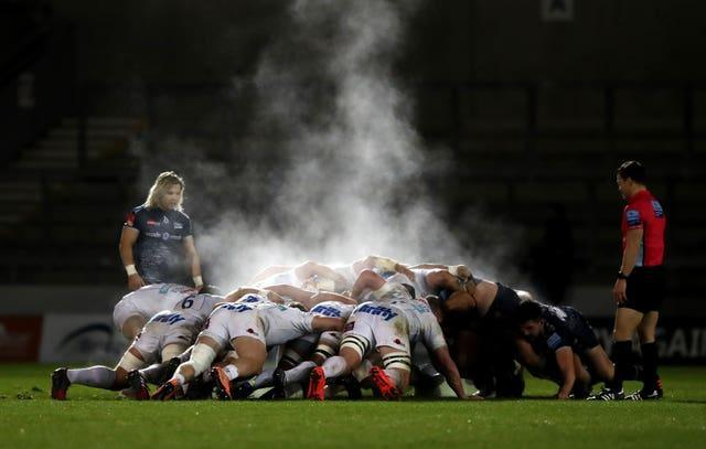 Sale and Exeter players form a scrum