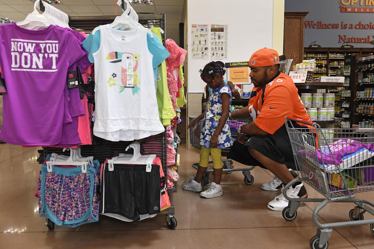 87ed58a68 Denver Broncos take local kids shopping for back-to-school supplies