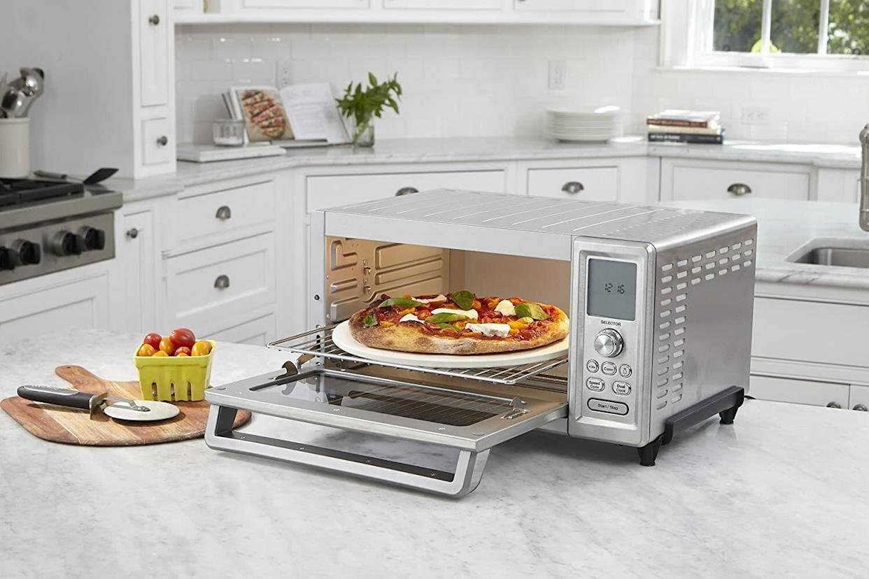 Fit up to a 13 inch pizza in this spacious toaster oven.