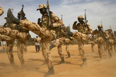 Chadian soldiers march during Flintlock 2014, a U.S.-led international training mission for African militaries, in Diffa, March 3, 2014. REUTERS/Joe Penney