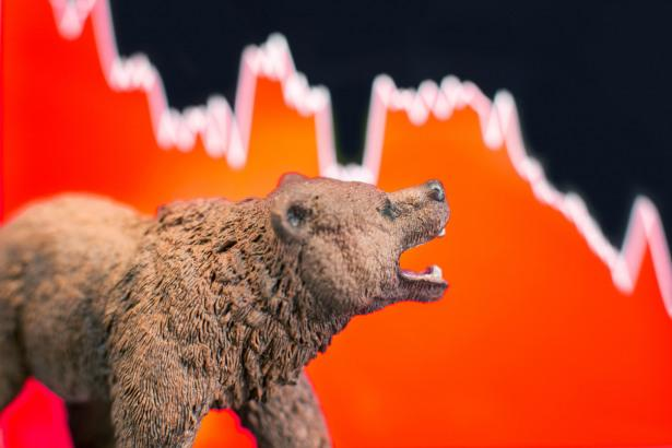 Global Markets Fall, Trade Hopes Clouded, Hong Kong Protests Turn Deadly