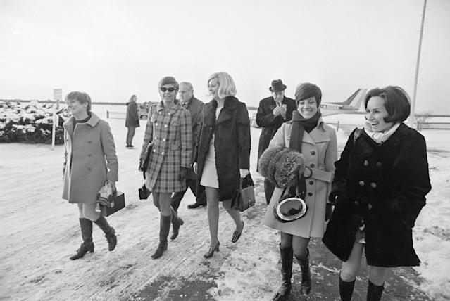<p>The five young women that attended the party on Chappaquiddick Island the night Mary Jo Kopechne was killed return to airport terminal from plane after trouble cropped up with the plane, Edgartown, Mass., Jan. 8, 1970. Earlier in the day they had testified in fourth and last day of inquest into death of Miss Kopechne involving Sen. Edward Kennedy. (L-R) Rosemary Keough, Maryellen Lyons, Nance Lyons, Susan Tannenbaum and Esther Newberg. Behind-right is one of the lawyers, Daniel Daly. (Photo: Bettmann/Getty Images) </p>