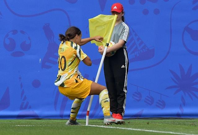 Sam Kerr's shadowboxing at the corner flag rang familiar for Australian fans and neutrals alike. (Getty)