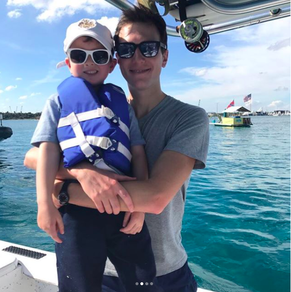 One ofIvanka Trump'sphotos from her family's holiday break in Florida is causing quite the stir.