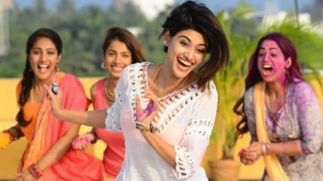 The trailer of Oviya's upcoming film 90 ML was criticised for being sexually explicit. The actress has now responded to the trolls who slammed her for choosing this movie.
