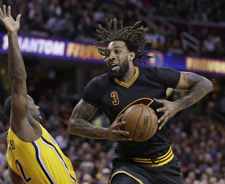 6685050262f Source  Cavs to sign Derrick Williams for remainder of season