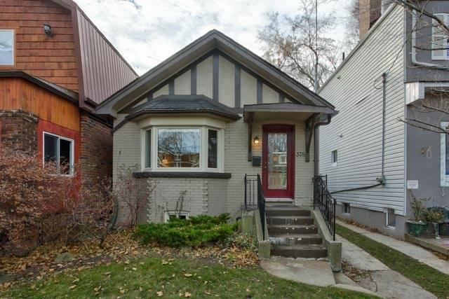 <p><span>378 Cleveland St., Toronto, Ont.</span><br> Location: Toronto, Ontario<br> List Price: $1,000,000<br> (Photo: Zoocasa) </p>