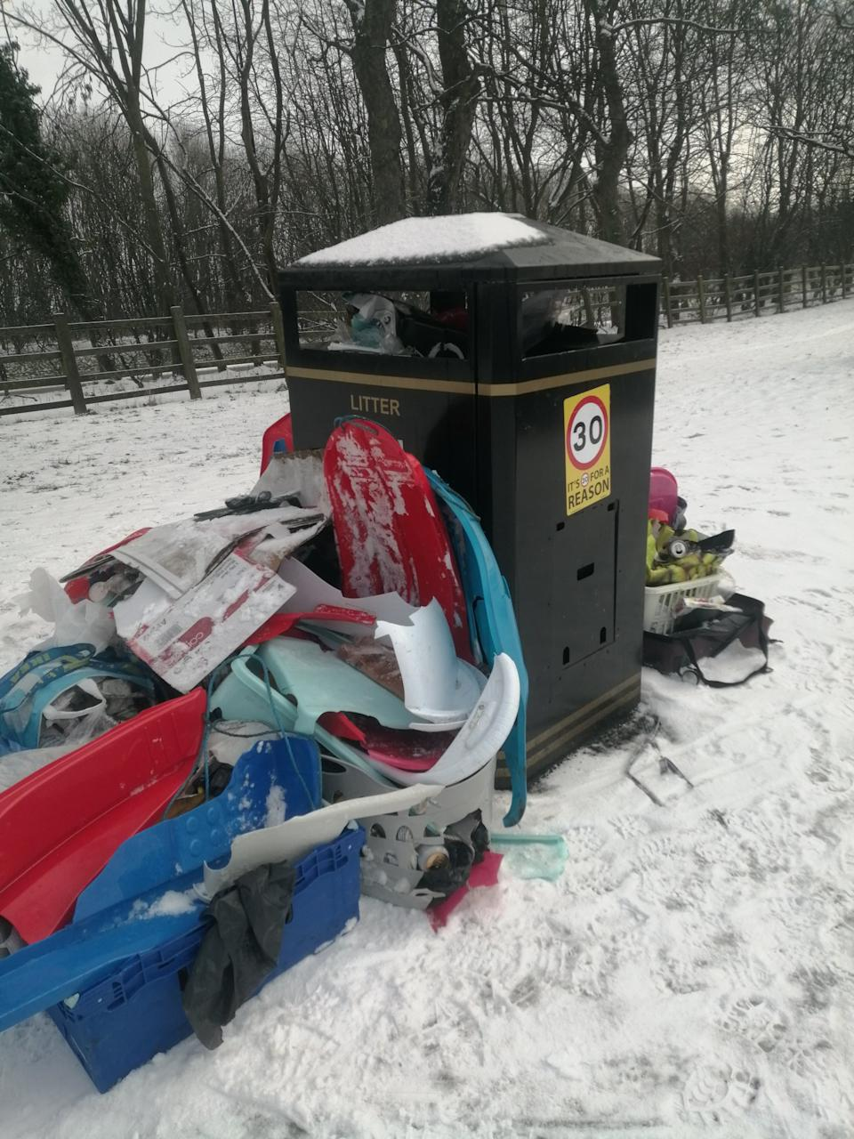 Twitter user DianeJojo10 posted a picture of a bin on the Moor saying
