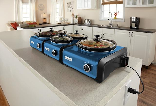 <span>Crock-Pot's connectable entertaining systems</span> can cook an entire Thanksgiving meal.