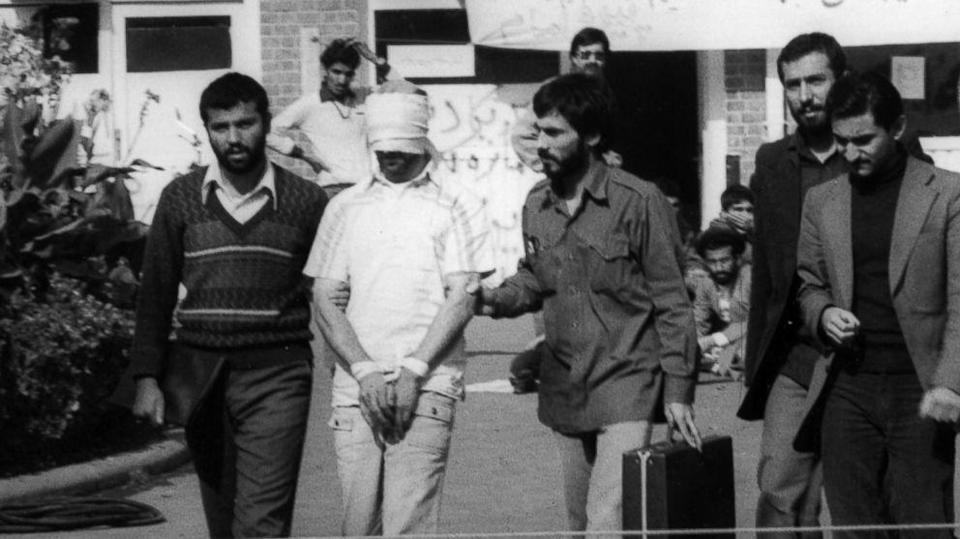 Former Iran Hostage: President Obama Must Demand Apology, Compensation for Americans Held in 1979 (ABC News)