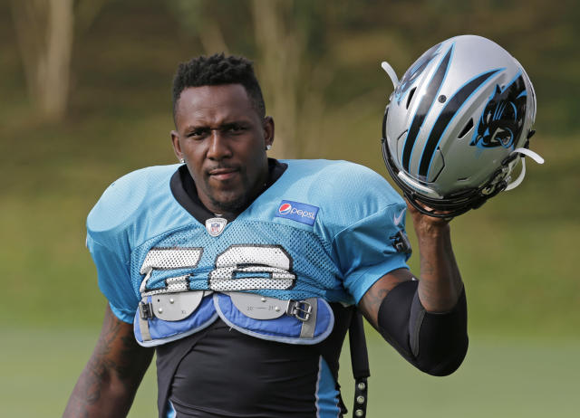 Panthers LB Thomas Davis said he'd welcome Colin Kaepernick to the team if Carolina needed him. (AP)