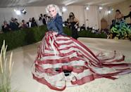 <p>was a modern Miss America in an American flag-inspired gown paired with a denim jacket, designed by Zac Posen.</p>