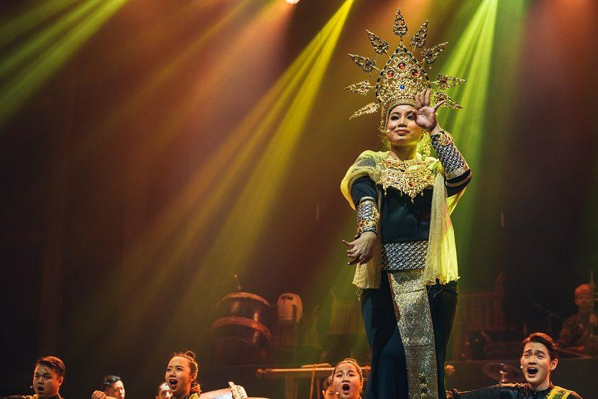 Malaysian dancer Zamzuriah Zahari brings a touch of Kelantanese tradition to the show. — Picture courtesy of Thum Chia Chieh