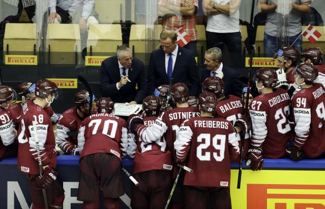 Ice Hockey - 2018 IIHF World Championships - Group B - Latvia v Denmark - Jyske Bank Boxen - Herning, Denmark - May 15, 2018 - Head coach Bob Hartley of Latvia instructs his players. REUTERS/David W Cerny