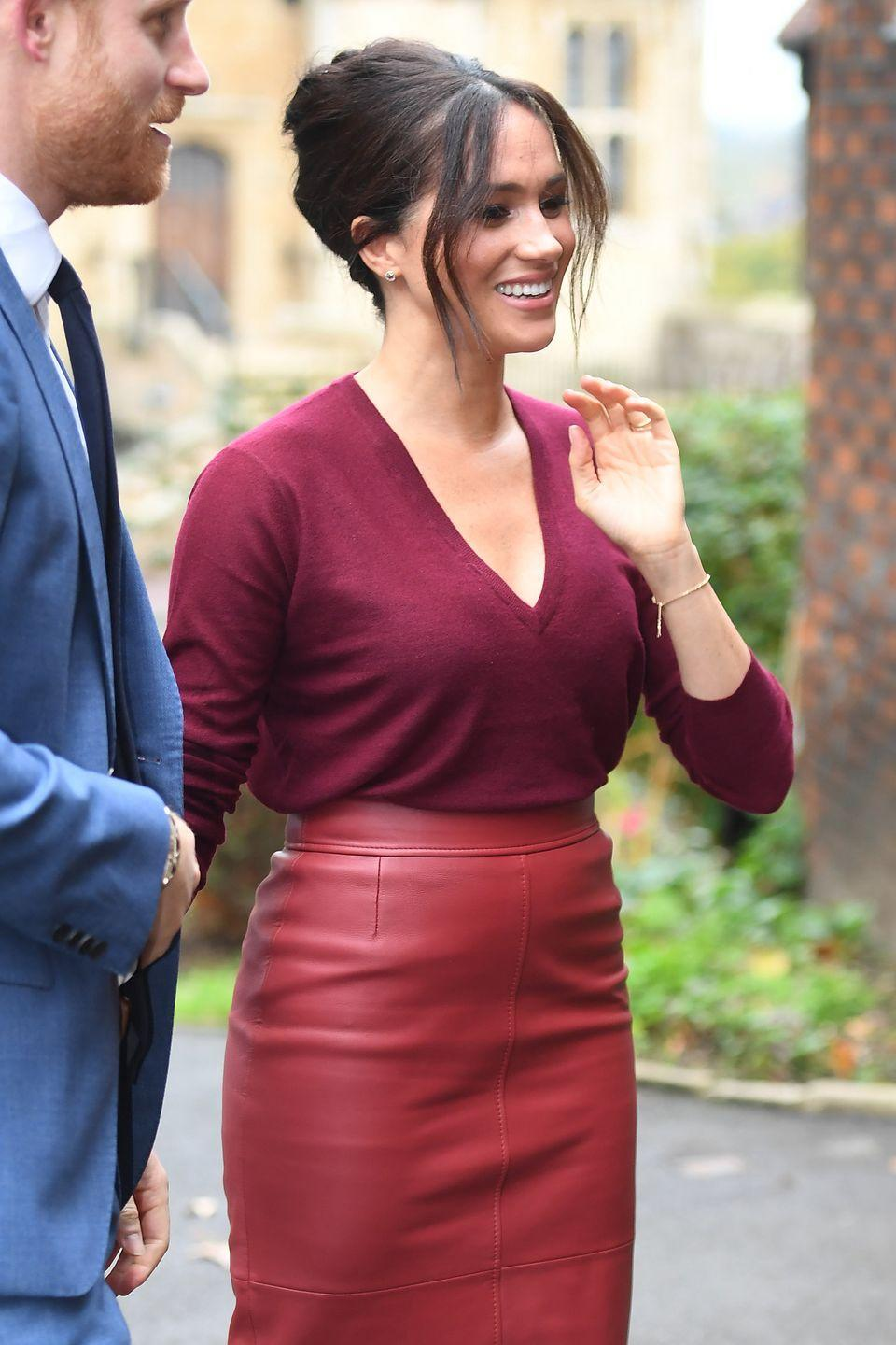<p>Meghan chose a monochromatic look for a forum on gender equality.</p>