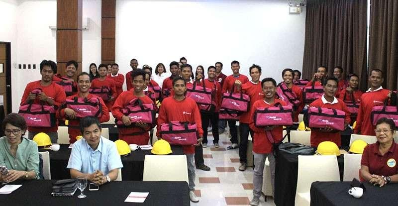 Aboitiz-supported trainees receive masonry certificates