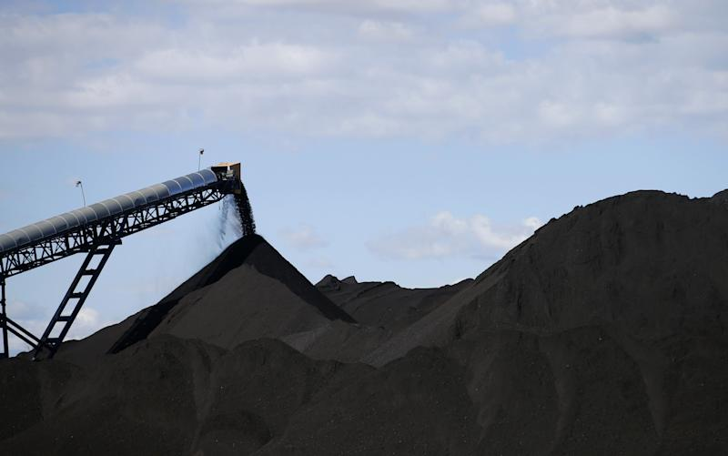 Coal dust could help create a super low cost fossil fuel - © 2016 Bloomberg Finance LP
