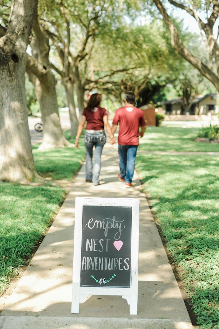 The Perezes are ready to begin their next chapter.&nbsp; (Photo: <a href=&quot;https://www.instagram.com/photographymelyssaanne/&quot; target=&quot;_blank&quot;>Melyssa Anne Photography </a>)