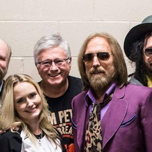Jon Scott's daughter Tiffany Scott, left, Scott, and Tom Petty in Memphis, May 8, 2017. (Photo: Jon Scott, Facebook)