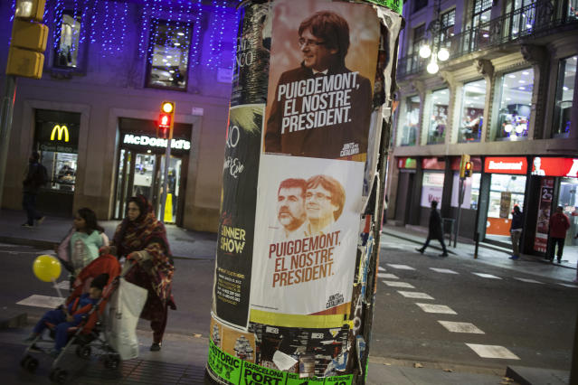 Election campaign poster in Barcelona ahead of the Dec. 21 Catalan parliamentary election. (Photo: Jose Colon/MeMo for Yahoo News)