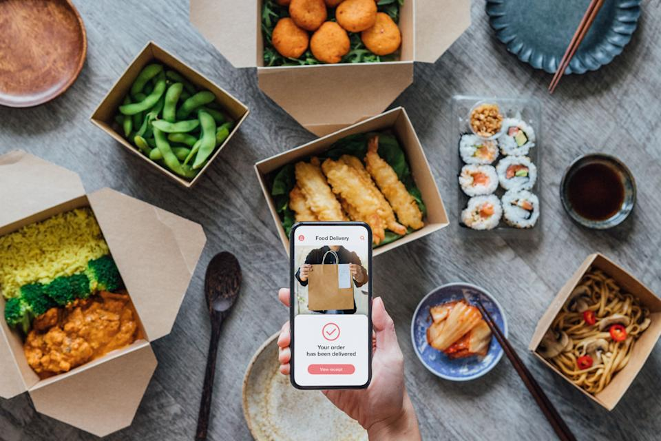 If you order from Shipt, Grubhub, Instacart or DoorDash, none of those apps require customers to leave a tip. (Photo: Oscar Wong via Getty Images)