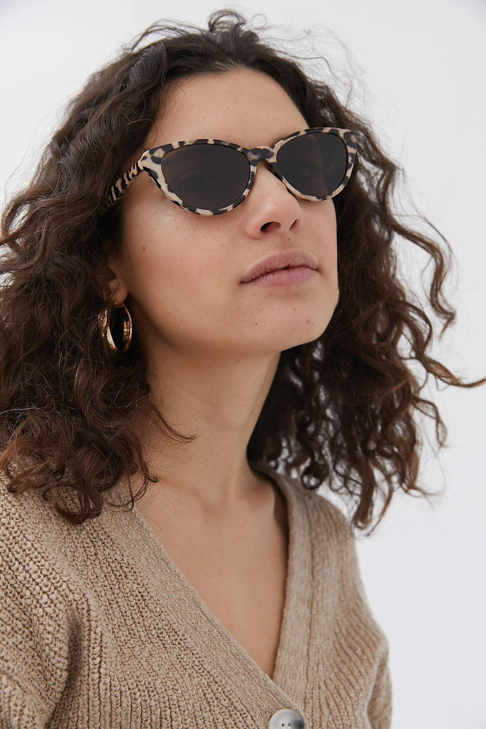 """<p><strong>Urban Outfitters</strong></p><p>urbanoutfitters.com</p><p><strong>$16.00</strong></p><p><a href=""""https://go.redirectingat.com?id=74968X1596630&url=https%3A%2F%2Fwww.urbanoutfitters.com%2Fshop%2Fcalistoga-cat-eye-sunglasses&sref=https%3A%2F%2Fwww.thepioneerwoman.com%2Ffashion-style%2Fg36003005%2Fbest-cat-eye-sunglasses%2F"""" rel=""""nofollow noopener"""" target=""""_blank"""" data-ylk=""""slk:Shop Now"""" class=""""link rapid-noclick-resp"""">Shop Now</a></p><p>Reviewers rave about the narrow fit of these glasses for smaller faces. And you can't go wrong with this classic pattern!</p>"""