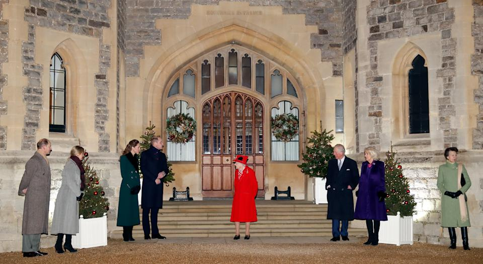 WINDSOR, UNITED KINGDOM - DECEMBER 08: (EMBARGOED FOR PUBLICATION IN UK NEWSPAPERS UNTIL 24 HOURS AFTER CREATE DATE AND TIME) Prince Edward, Earl of Wessex, Sophie, Countess of Wessex, Catherine, Duchess of Cambridge, Prince William, Duke of Cambridge, Queen Elizabeth II, Prince Charles, Prince of Wales, Camilla, Duchess of Cornwall and Princess Anne, Princess Royal attend an event to thank local volunteers and key workers from organisations and charities in Berkshire, who will be volunteering or working to help others over the Christmas period in the quadrangle of Windsor Castle on December 8, 2020 in Windsor, England. During the event members of the Royal Family also listened to Christmas carols performed by The Salvation Army Band. (Photo by Max Mumby/Indigo - Pool/Getty Images)