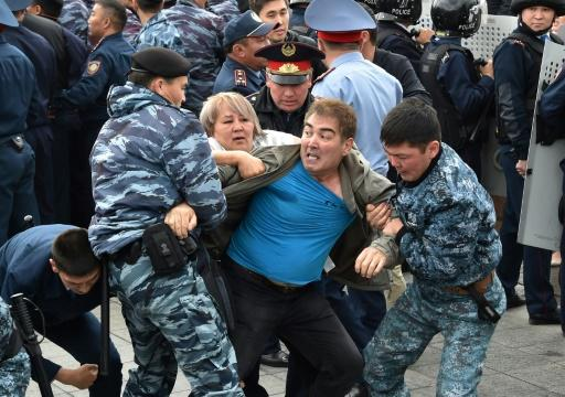 Hundreds of arrests were made in Kazakhstan's two main cities Nur-Sultan and Almaty