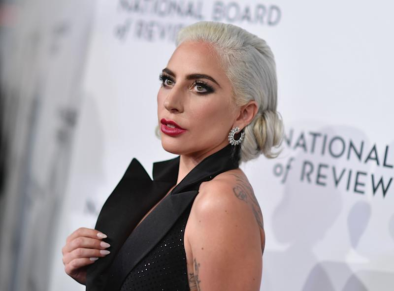 Lady Gaga apologizes for 'poor judgment' over R. Kelly song, vows to pull 'Do What U Want'