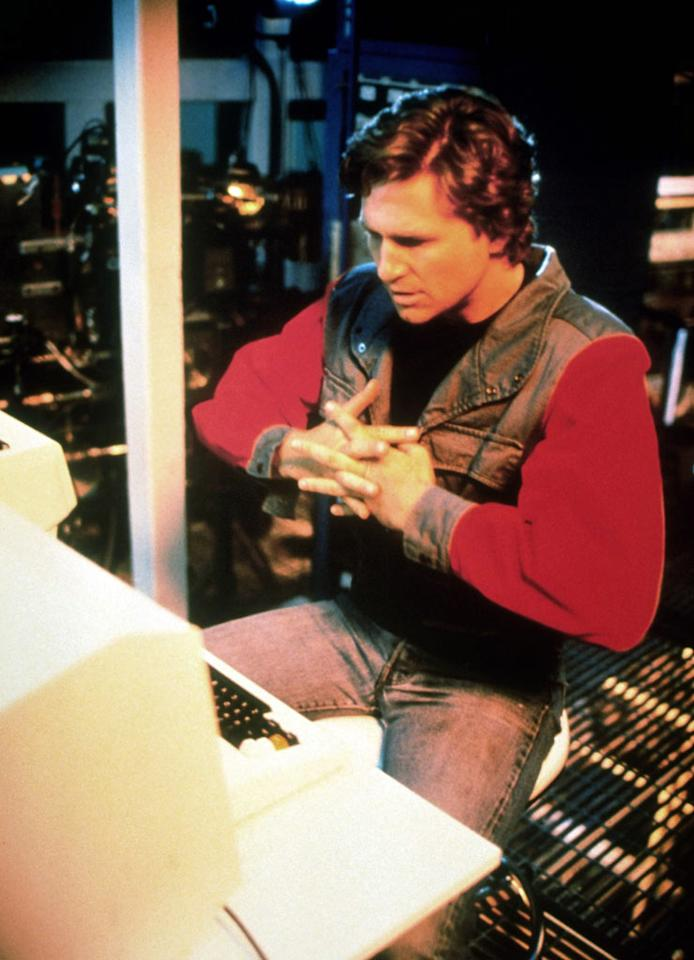 """<a href=""""http://movies.yahoo.com/movie/contributor/1800011634"""">Jeff Bridges</a> in Walt Disney Pictures' <a href=""""http://movies.yahoo.com/movie/1800129842/info"""">Tron</a> - 1982"""