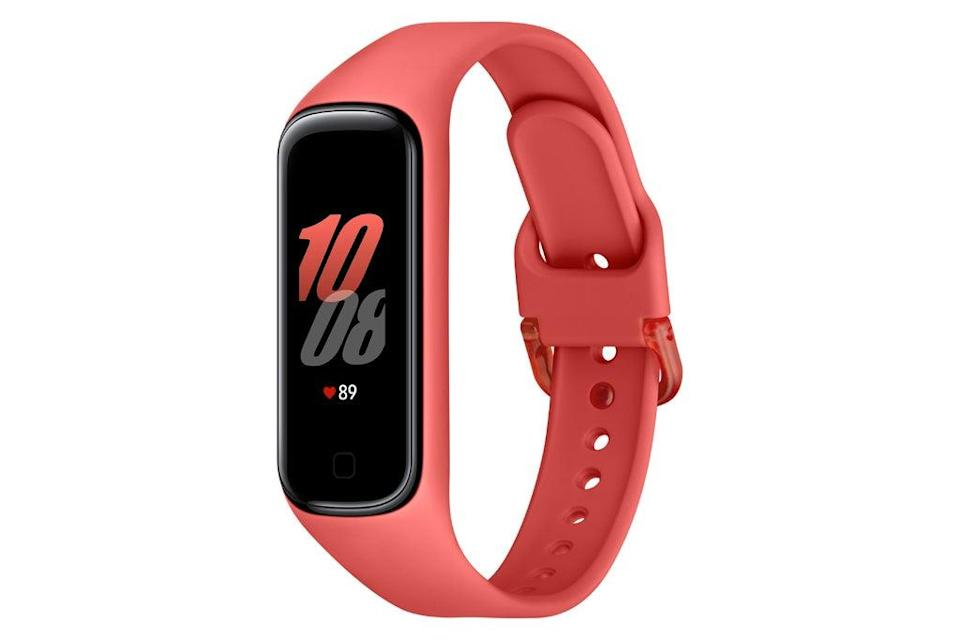 """<h2>Best Compact<br></h2><br><h3>Samsung Galaxy Fit2</h3><br>If you're #TeamSamsung, then consider this ultra-slim fitness tracker that can be paired to your phone with the free <br>Samsung Health app.<br><br><strong>Samsung</strong> Galaxy Fit2 - Smart Watch, $, available at <a href=""""https://go.skimresources.com/?id=30283X879131&url=https%3A%2F%2Fwww.walmart.com%2Fip%2FSamsung-Galaxy-Fit2-Smart-Watch-Red-SM-R220NZRAXAR%2F374018008%3Fselected%3Dtrue"""" rel=""""nofollow noopener"""" target=""""_blank"""" data-ylk=""""slk:Walmart"""" class=""""link rapid-noclick-resp"""">Walmart</a>"""
