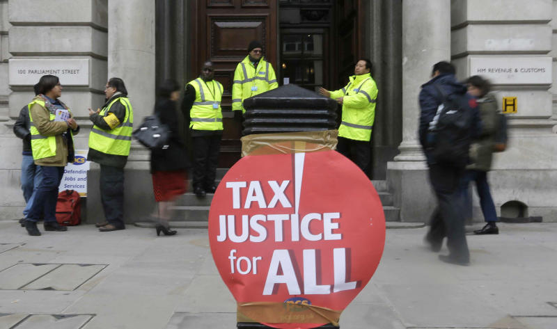 UK lawmakers: Accounting firms abuse of gov't role
