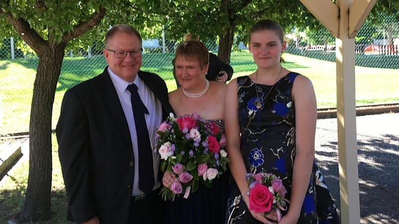 This picture shows, Gavin Dallow, his stepdaughter, Zoe Hosking (right) and her mother Lisa Dallow (centre).