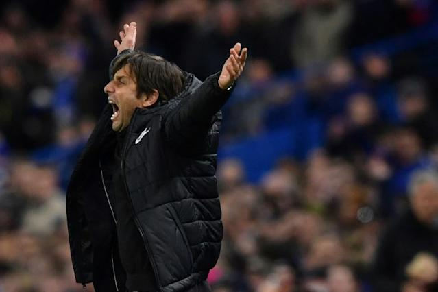 Chelsea's head coach Antonio Conte gestures during the first leg of the UEFA Champions League round of 16 football match against Barcelona February 20, 2018