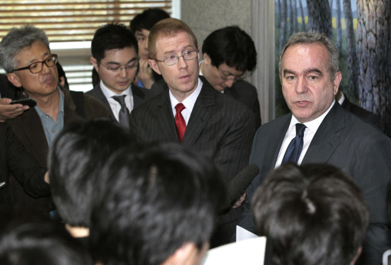 U.S. Assistant Secretary of State for East Asia and Pacific Affairs Kurt Campbell, right, talks to the media after meeting with South Korean Foreign Minister Kim Sung-hwan at the Foreign Ministry in Seoul, South Korea, Monday, April 16, 2012. (AP Photo/Ahn Young-joon)