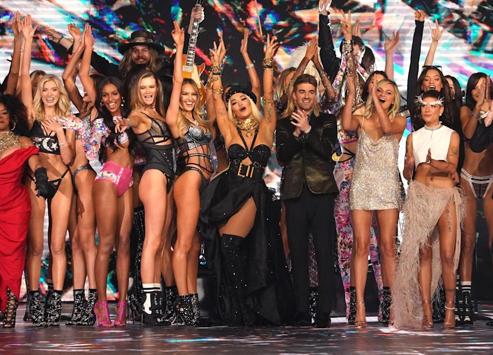 Performers and models on the runway at the 2018 Victoria's Secret Fashion Show on Nov. 8, 2018. (Photo: Timothy A. Clary/AFP)