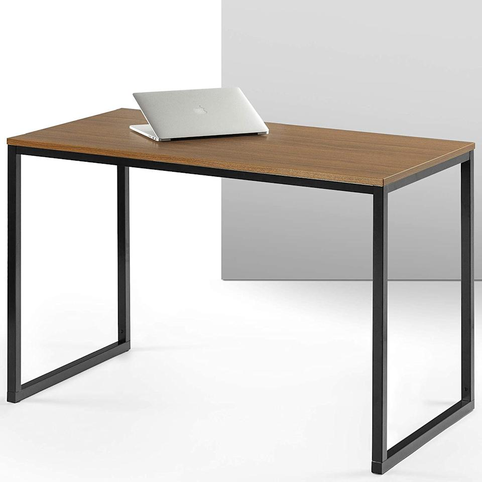 Zinus Modern Studio Collection Soho Desk. Image via Amazon.