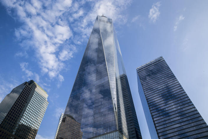 <p>One World Trade Center stands above the 9/11 Memorial and Museum in New York City, Sept. 8, 2016. (Gordon Donovan/Yahoo News) </p>