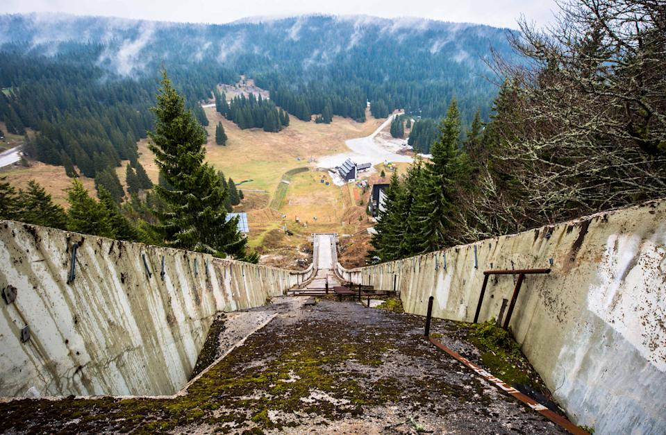 *** EXCLUSIVE *** SARAJEVO, BOSNIA AND HERZEGOVINA - APRIL 2017: Top of ski slope in, Sarajevo, Bosnia and Herzegovina, April 2017.  SEEMINGLY forgotten by time, these powerful images show all thats left of Sarajevo's 1984 Winter Olympic venue. Once regarded as a great achievement for the small European city, in time it would be the setting for one of the bloodiest civil wars in the 20th century. The 1984 Winter Olympics was the first ever winter olympics hosted by a communist state and was seen at the time as a major coup for socialist Yugoslavia. Photographer Ioanna Sakellaraki, 27, visited the now abandoned venue in April 2017  PHOTOGRAPH BY Ioanna Sakellaraki / Barcroft Images  London-T:+44 207 033 1031 E:hello@barcroftmedia.com - New York-T:+1 212 796 2458 E:hello@barcroftusa.com - New Delhi-T:+91 11 4053 2429 E:hello@barcroftindia.com www.barcroftmedia.com (Photo credit should read Ioanna Sakellaraki / Barcroft Im / Barcroft Media via Getty Images)