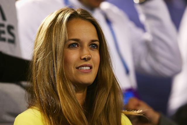 MELBOURNE, AUSTRALIA - JANUARY 25: Kim Sears, girlfriend of Andy Murray watches Andy Murray of Great Britain and Roger Federer of Switzerland in their semifinal match during day twelve of the 2013 Australian Open at Melbourne Park on January 25, 2013 in Melbourne, Australia. (Photo by Julian Finney/Getty Images)