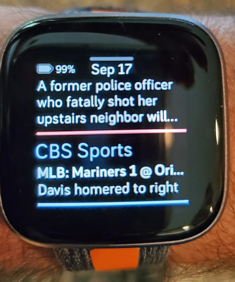 How CBS Sports looks on the Fitbit