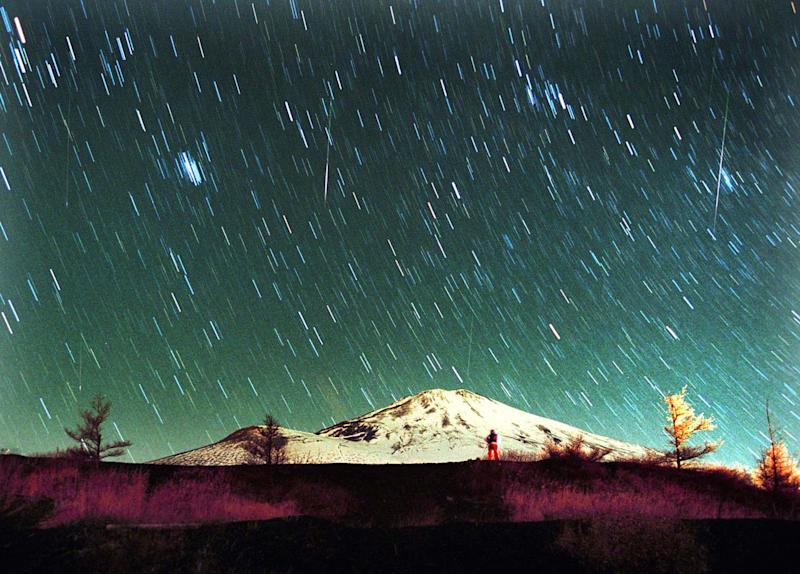 <p>The Leonids meteors will be visible in the night sky throughout November, peaking between 17 and 18 November. The glowing pieces of comet debris will be visible to the naked eye. (ITSUO INOUYE/AP/REX/Shutterstock) </p>