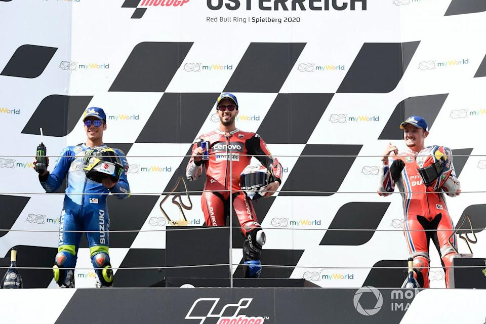 "Podio: 1º Andrea Dovizioso, Ducati Team, 2º Joan Mir, Team Suzuki MotoGP, 3º Jack Miller, Pramac Racing<span class=""copyright"">Gold and Goose / Motorsport Images</span>"