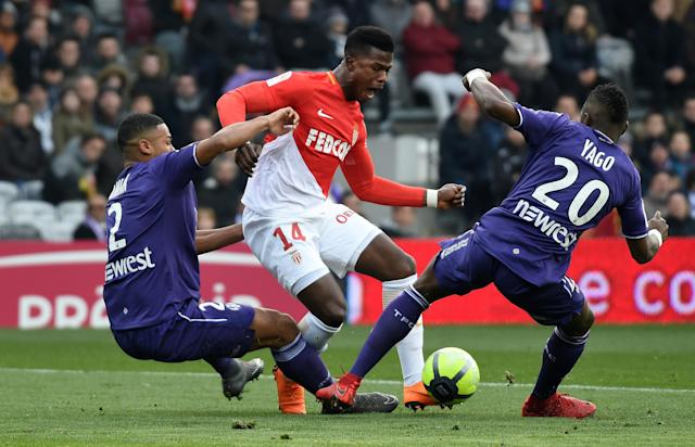 Soccer Football - Ligue 1 - Toulouse vs AS Monaco - Stadium Municipal de Toulouse, Toulouse, France - February 24, 2018 Monaco's Keita Balde Diao in action with Toulouse's Steeve Yago and Kelvin Amian REUTERS/Fred Lancelot TPX IMAGES OF THE DAY