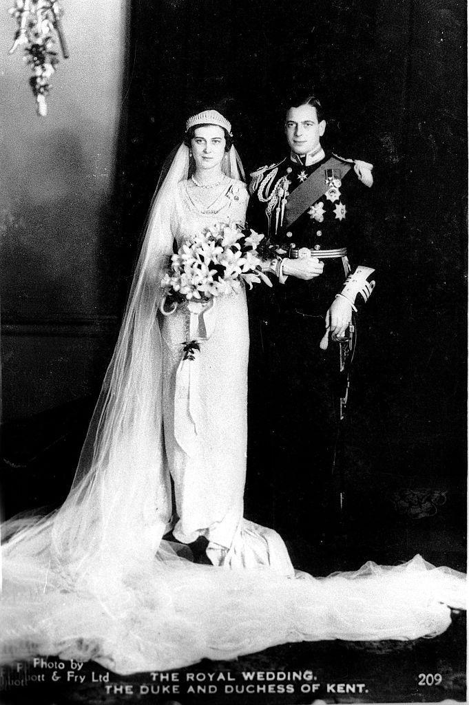 <p>Prince George, Duke of Kent (son of George V and Queen Mary) marries Princess Marina.</p>